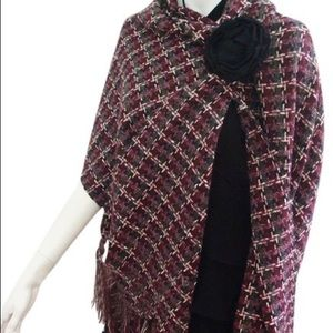 CHANEL Accessories - Chanel 07A cashmere blend big shawl scarf